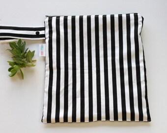 Wet Bag, Black and White Stripes Wet Bag, Cloth Diapering Bag, Zipper Bag, Large Zipper Bag