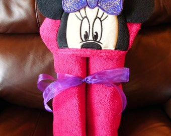 Minnie Peeker Hooded Towel - Free Personalization