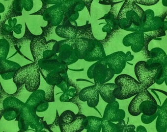 Cotton Fabric / Green Clover Cotton Fabric / Green Clover Fabric / Irish Fabric / Spring Fabric / Saint Patrick's Day Fabric