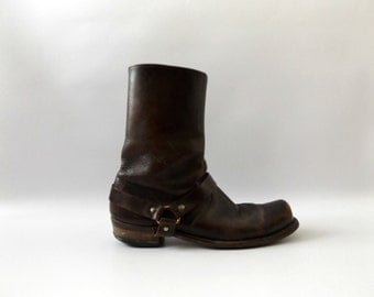 brown leather moto boots | vintage 70s mens size 8 1/2 motorcycle biker harness boots hipster grunge shoes 1970s hippie boho normcore hippy