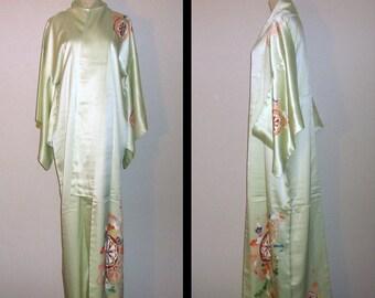 Vintage kimono - Homongi, Light green, Rinzu silk