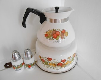 Vintage Corning Ware Tea Pot, Enamelware cooking pot with Merry Mushroom motif, 70's collection
