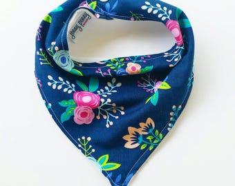 Bandana Bib Baby Girl Bib in Navy and Floral. Baby girl bib. Baby bib. Baby bandana bib. Baby girl accessory. Navy bib. Floral Bib.