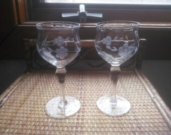 Beautiful Set of Two Cordial Glasses - Vintage Pair of Wine Glasses - Vintage Etched Cordial Glasses