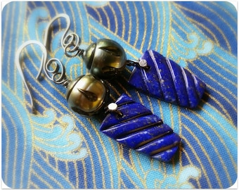 Carved Tahitian Pearl & Lapis Lazuli Earrings Jewelry, Oxidized Sterling Silver Dangle Earrings, Fine Jewelry, Saltwater Pearl Earrings