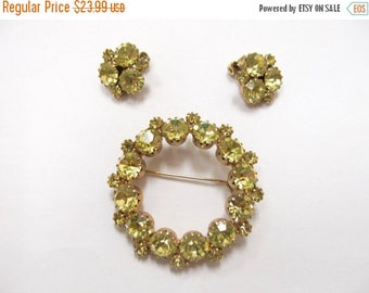 On Sale Vintage 2pc Prong Set Yellow Rhinestone Pin and Earring Set Item K # 2567