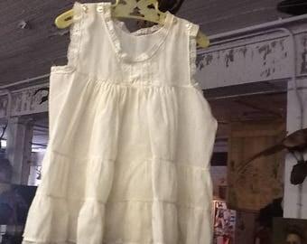 Adorable 1940's Fine Cotton Girl's Dress
