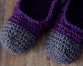 Purple and Gray House Slippers, Crochet Womens Shoes. Gifts for her under 30, Slippers for Teens, Sister, Best Friend.