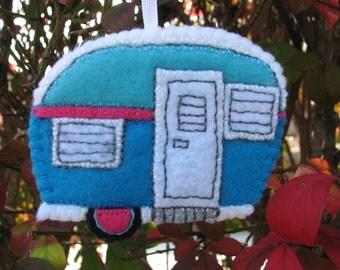 Retro Camper felt ornament