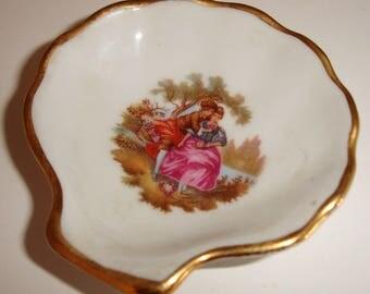 Limoges Trinket holder, gold trim, LImoges France, French Porcelain, Vintage ring holder, trinket holder, Made in France, Collectible