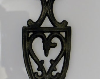 Tiny House Living Cast Iron Heart Shaped half size Trivet