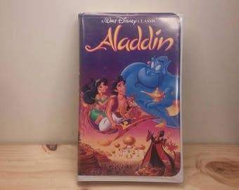 Very Collectible Vintage ALADDIN VHS MOVIE in it's Original Clamshell Cast Black Diamond Edition!