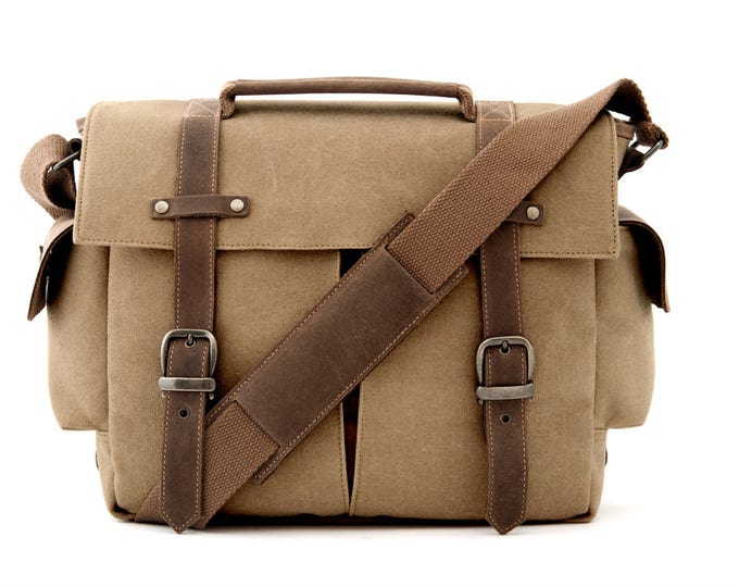 Camera Bag / Messenger Bag / Shoulder Bag / Tan Canvas / TRAIL