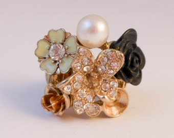 Vintage Silver Pink Multi Flower Pearl Ring   Silver tone  Size 6-8 Adjustable ring