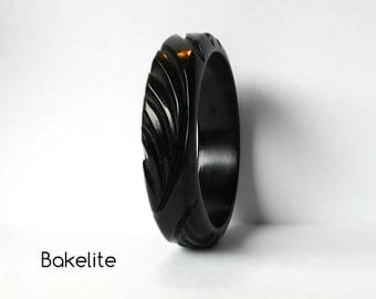 Vintage Bakelite Bangle Bracelet Black Carved Deeply carved