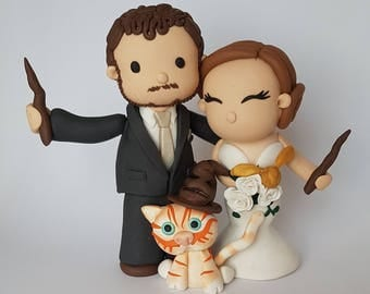 Bride and groom Wedding Cake Topper, Custom Clay People Cake Topper, Clay Keepsakes, Wedding Decor, Custom Wedding Cake Topper and Decor