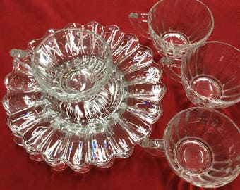 Heisey Glass Crytolite dessert plates with cups