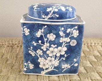blue & white Asian Daher tin cherry blossom England Chinoiserie