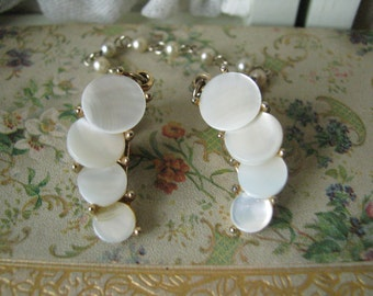 Vintage Gold Plated Mother of Pearl Glass Pearls Sweater Guard Sweater Clip  Retro Jewelry Classic Vintage Jewelry