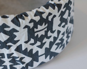"Modern Navy and White Southwestern print 12"" Self Warming Cat Bed"