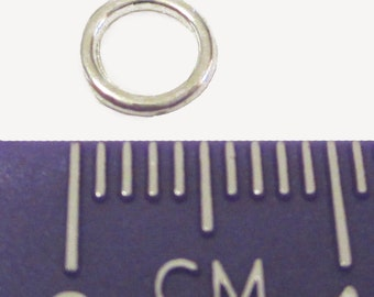 100 x Silver Plated Soldered Closed Jump Rings 6mm