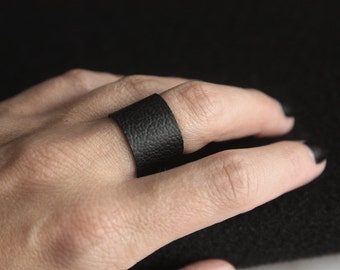 Handmade Faux Leather Ring, Simple, Black