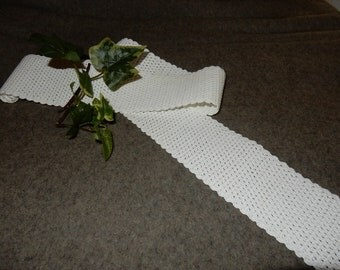 Long swedish hand crocheted doilie / runner  vintage / rare / white