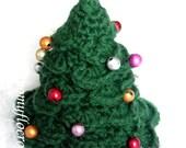 Sapin vert de Noël en fil laine vert décoré de boules fait au crochet