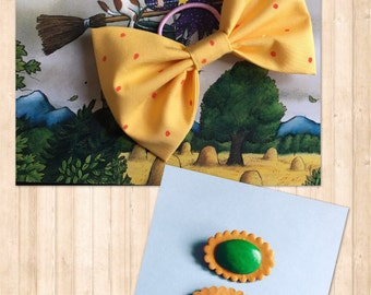 Handmade Room on the Broom brooch and hair bow