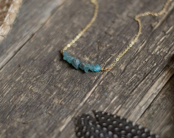 Raw apatite minimalist necklace, blue apatite necklace, gemstone bar necklace, layering necklace, dainty necklace, tiny apatite necklace