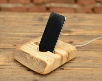 Wooden phone stand, iPhone 7 dock, Samsung stand, Natural wood, iPhone 6 Plus dock, Best gift, Samsung S8 station, Docking station