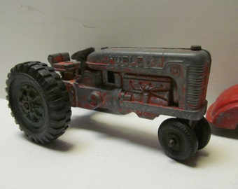 Hubley Tractor Vintage Toy Tractors Hubley Toys Antique Toy Tractor Red Tractor Old Metal Tractors