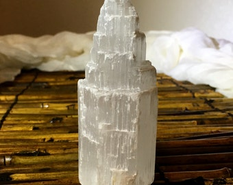 "4"" Translucent White Selenite Crystal Tower 206g Healing Crystal/Reiki/Chakra/Meditation/ Decor"