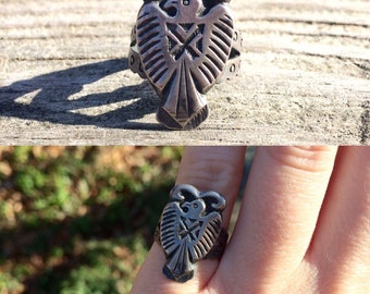 vintage Fred Harvey era Native American sterling silver thunderbird southwestern ring size 5.25