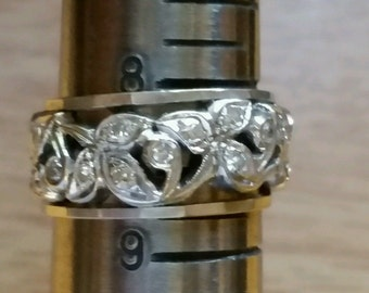 Vintage 14k White Gold And Diamond Wide Ring