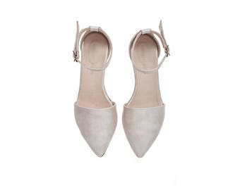 Brides shoes, Pearl pink leather sandals, Olivia, flat buckled sandals