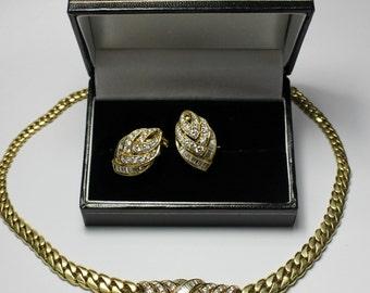 Beautiful Necklace Earrings Set 18K Yellow Gold