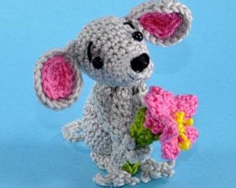 "Mouse ""Sorry"" Amigurumi crochet pattern"