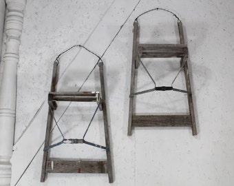 """28"""" Antique Wood Ladder Wall Shelf Rustic Display Great As Quilt Rack"""