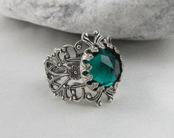 Vintage Style Swarovski Crystal Filigree Ring.Art Nouveau Style Filigree Emerald Crystal Ring ,Gift For Her, Valentine Gift For Her,
