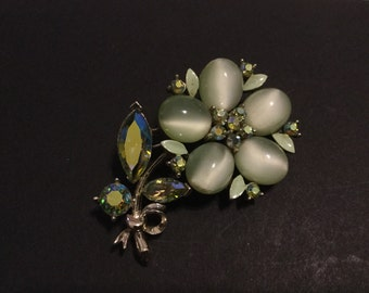 Lisner Vintage Green Moonglow Brooch