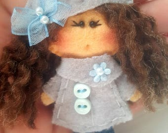 Felt brooch  Matilda Grey Day, Felt doll, Fabric Brooch, Art Brooch, Wearable Art Jewelry, Autumn doll brooch,