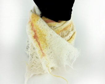 Withe and yellow Alpaca hand felted scarf