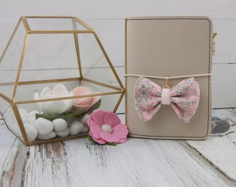 Dainty Bow Planner Charm in Liberty Summer Blooms Pink