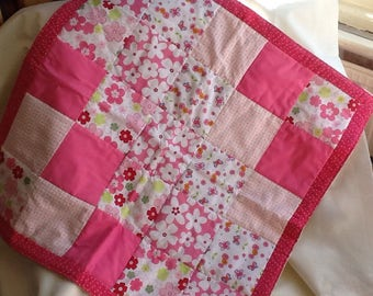 Quilted comforter/throw in Pink