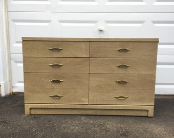 Mid-Century Modern Six Drawer Bedroom Dresser by Bassett