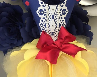 Snow White center piece or paper dress template