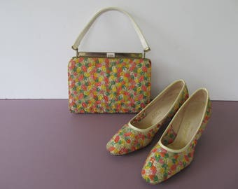 Vintage 1960's Embroidered Pumps And Handbag Set Mod Size 8N Cosmopolitan By Vitality Shoe