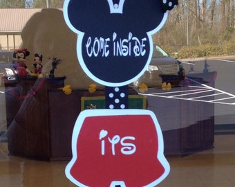 "Mickey mouse ""welcome"" sign"
