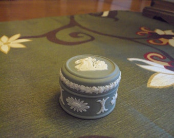 Vintage Wedgewood Green Trinket Box